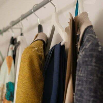 Mode an der Kleiderstange