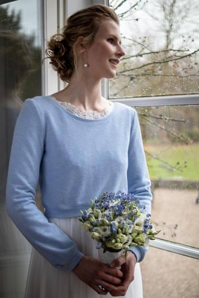 Brautpullover in Blau