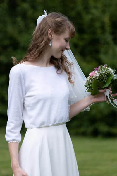 Brautpullover in creme